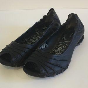 Skechers Black Leather Peep Toe Flat Shoes 10